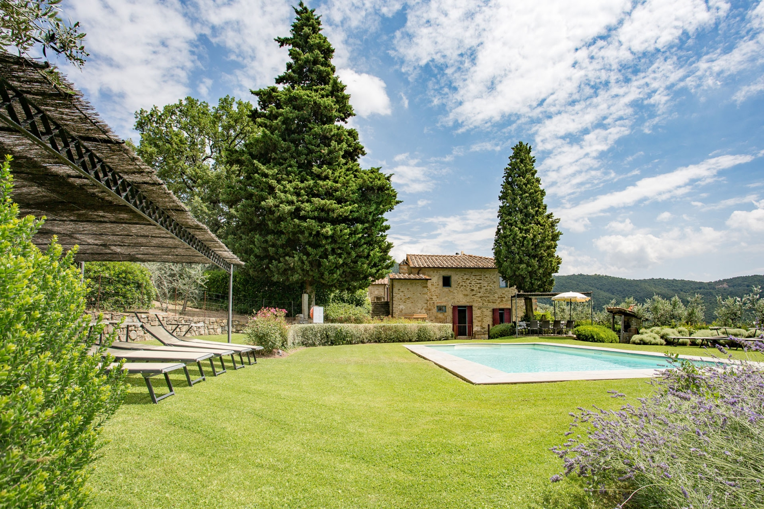 https://www.gastintoscane.nl/data/images/villa-san-martino/4f1a9389.jpg